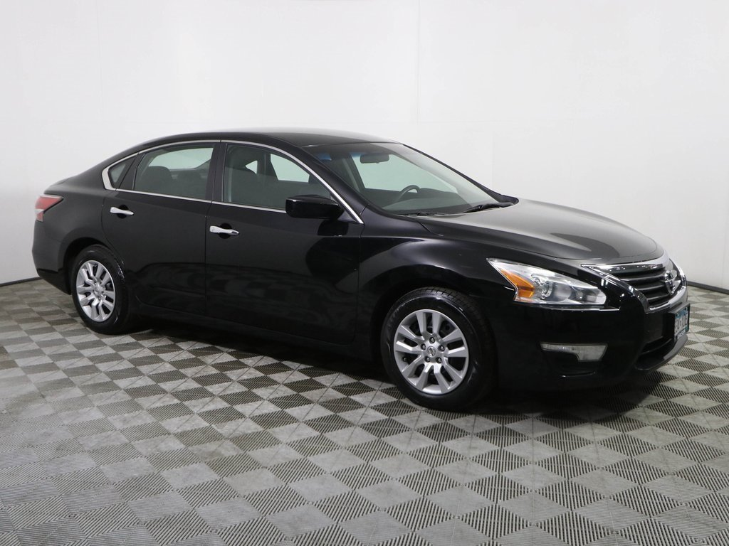 Certified Pre-Owned 2014 Nissan Altima 2.5 S BLUETOOTH BACKUP CAMERA LOW MILE *CERTIFIED*