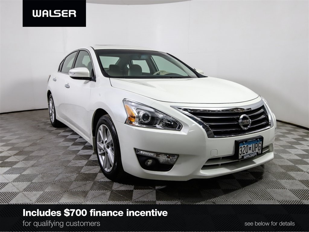 Certified Pre-Owned 2015 Nissan Altima CERTIFIED SV NAVIGATION MOONROOF CAMERA PSEAT
