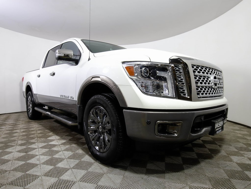Certified Pre-Owned 2018 Nissan Titan PLATINUM RESERVE CREWCAB 4X4 LEATHER NAV TOWING PK