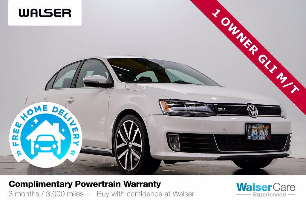 Pre-Owned 2012 Volkswagen GLI GLI MANUAL