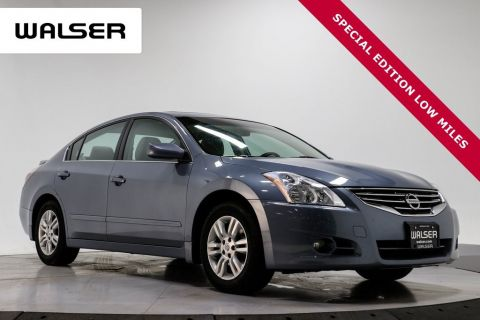 Pre-Owned 2011 Nissan Altima 2.5 S SPECIAL EDITION