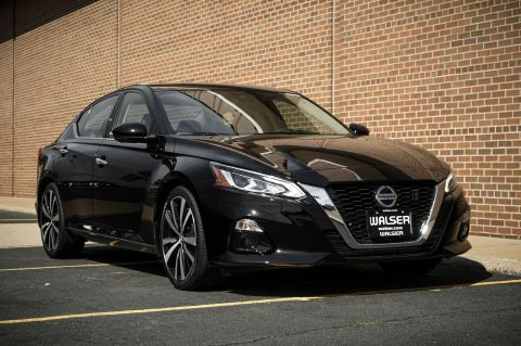 New 2019 Nissan Altima 2.0T PLATINUM
