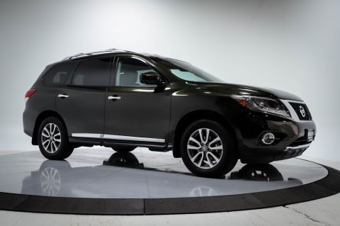 Certified Pre-Owned 2016 Nissan Pathfinder SL 4WD W/TECHNOLOGY PACKAGE