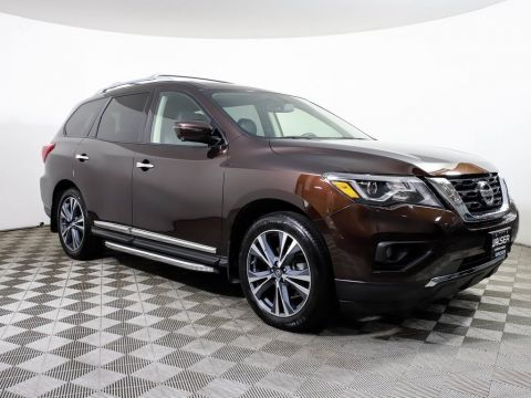 Certified Pre-Owned 2019 Nissan Pathfinder PLATINUM 4X4 HEATED COOL LEATHER ROOF NAV BOSE TOW